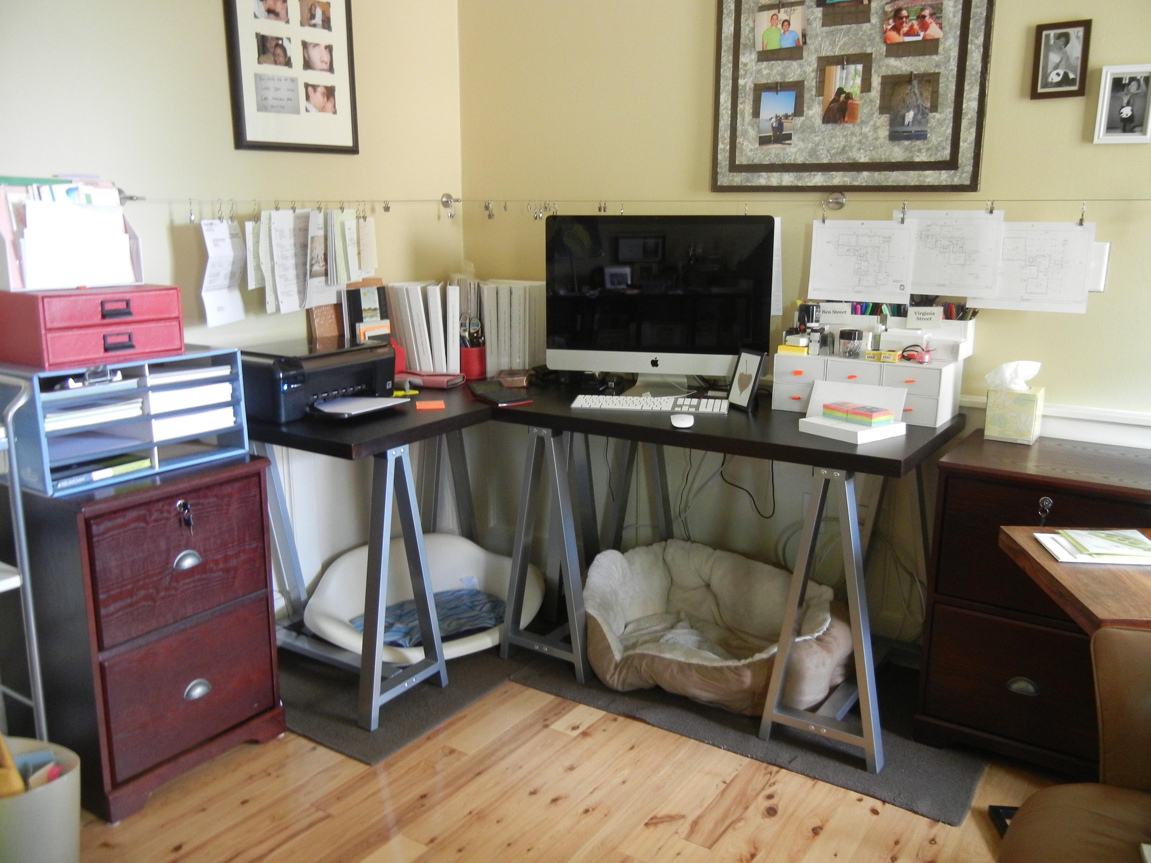 A Mischief Managed Desk