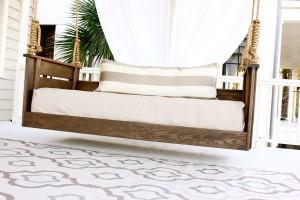 Outdoor Retreat Bed Swing